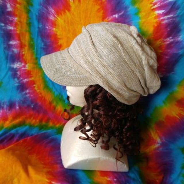 カジュアルstyle♪つば付きニット帽子■男女兼用■  < 女性ファッションの