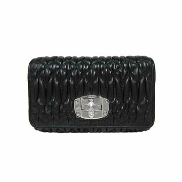 ミュウミュウ5MH015 マトラッセレザー×ラインストーン 折財布