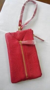 ローズ模様のマルチケース「赤」新品・未使用品