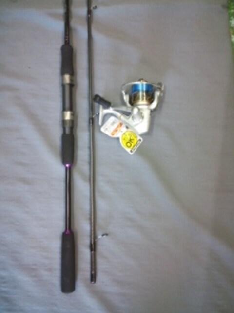 エギロッドEZ-832BK リール VMAX 2000ライン付きセット送料込  < レジャー/スポーツの