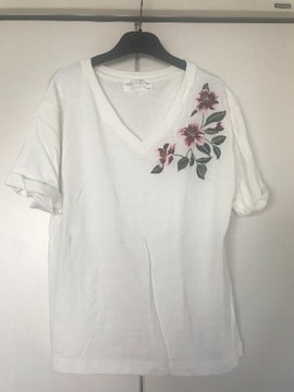 ☆AZUL by moussy Tシャツ☆新品!!