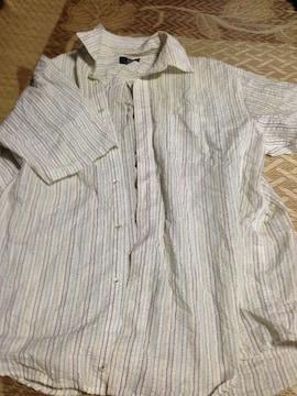 4Lサイズ ホワイトのシャツ
