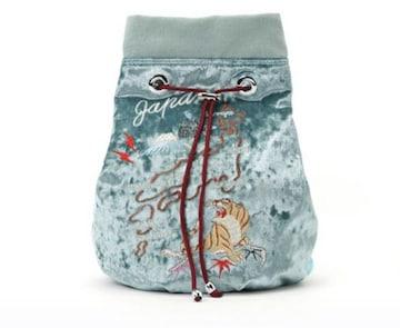 キャセリーニ・ベルベット素材スカジャン刺繍リュック。ブルー