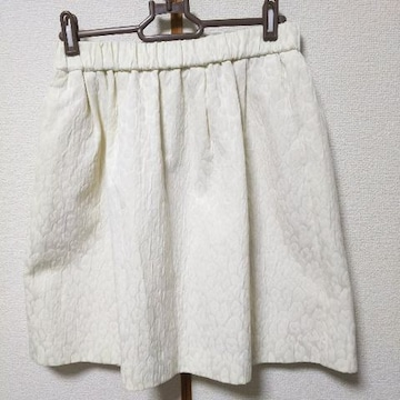 美品、IENA(イエナ)のスカート
