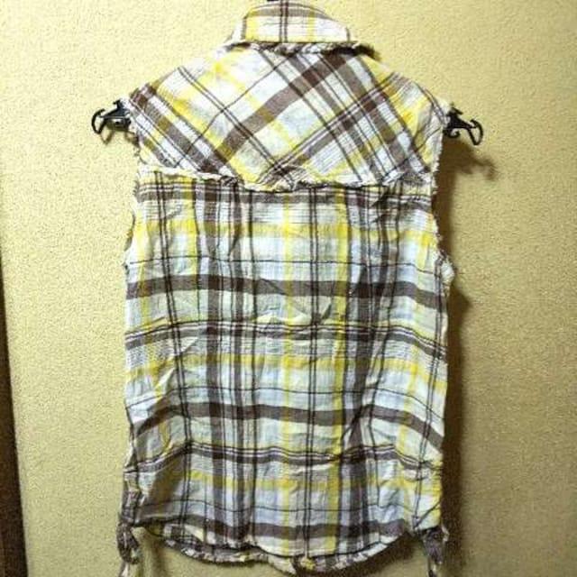 joky gal★USED★切りっぱなしデザインノースリシャツ < 女性ファッションの