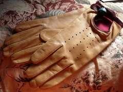 カプリガンテ 21〜薔薇羊皮革手袋