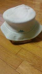 水色の帽子です。