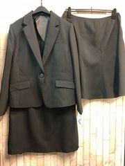 新品☆15号お仕事にも!スカート2種付き黒スーツ洗える☆s509