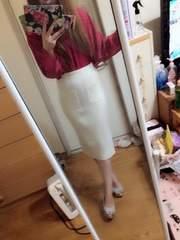 one*way☆新品ミディアム丈ホワイトスカート