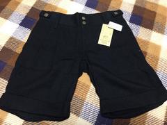 新品未使用定価15,750円黒色ブラックハーフパンツ