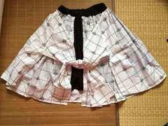 mintneko・シャツレイヤード風スカート。ホワイトチェック柄