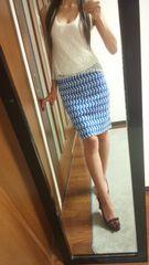 ANAYIタイトスカート青×白