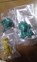 ワンピース アメコレ2弾 金色クリーク・緑色ルフィ・サンジ