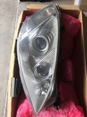 W221 ベンツSクラス 純正ヘッドライトRフルセット!
