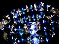 トルネードスクリュー水晶§ブルーオーラ§12ミリ§金ロンデル数珠