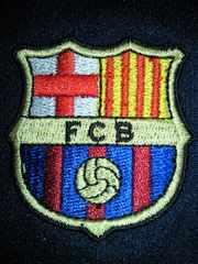 サッカー スペイン FCバルセロナ バルサ デザイン 刺繍入り メッシュ シャツ Mサイズ