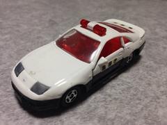 トミカフェアレディZ32パトカー