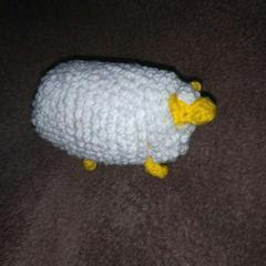 手編みのあみぐるみ、ヒツジ
