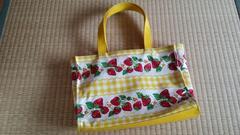 シャーリーテンプル☆黄色いイチゴバッグ