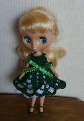 プチブライス緑のレース編みミニドレス