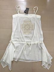 新品☆モチーフ刺繍レース☆キャミブラウス