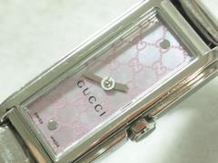 8085/GUCCIグッチ定価15万円位高級ピンクシェルGG柄レディース腕時計