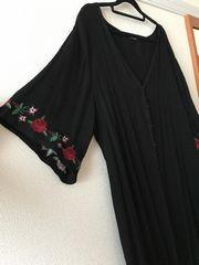 [新品同様]大きいサイズ 4L 薔薇 刺繍 ロングカーディガン 黒