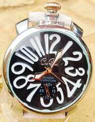 Club face★おしゃれなホワイト★メンズデザイン腕時計