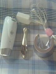 送料無料☆ホット&クール美顔器とハンディ美顔器のセット