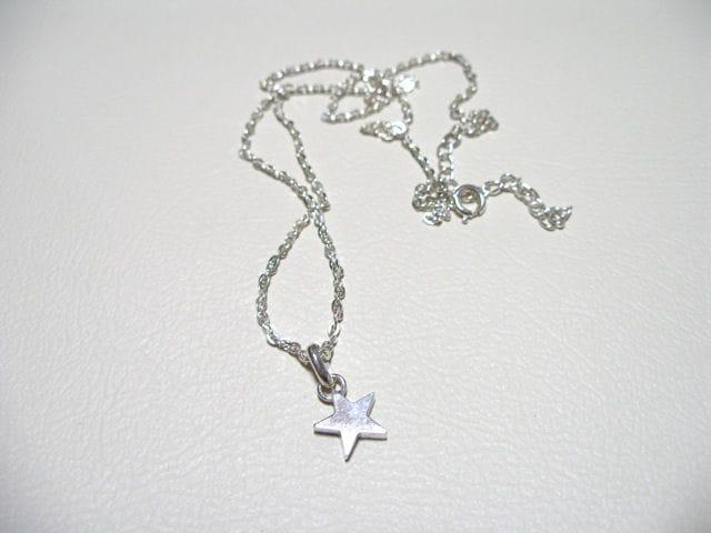 仁尾彫金『スターペンダント』星ハンドメイド69b < 男性アクセサリー/時計の