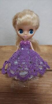 プチブライス紫のレース編みドレス