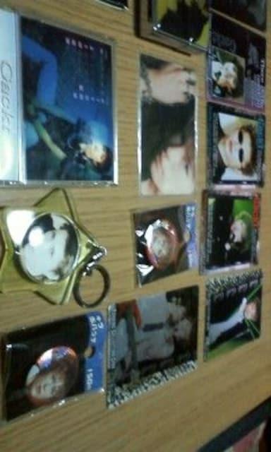 Gacktのトレカ バッチ キーホルダー ライター < タレントグッズの