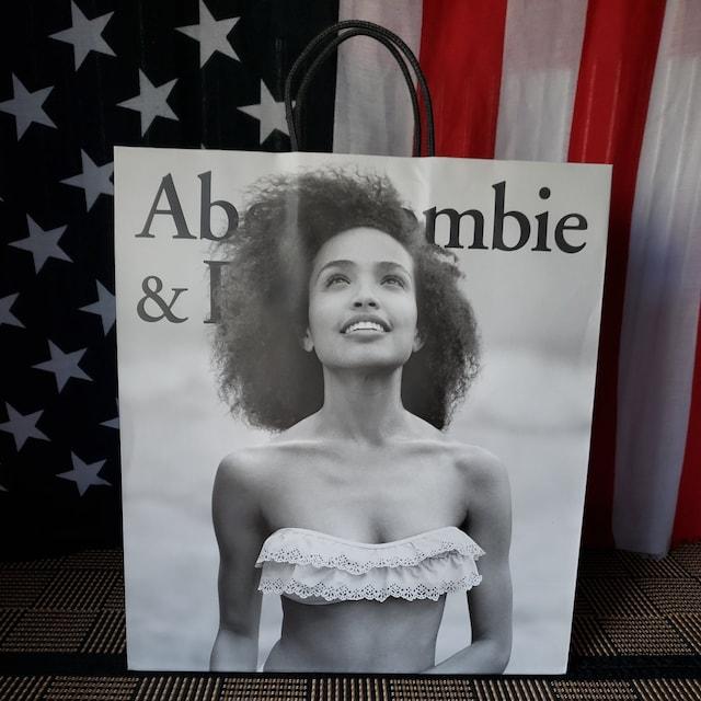 【アバクロ★ショップ袋】Abercrombie&Fitch♪表裏デザイン違い  < ブランドの