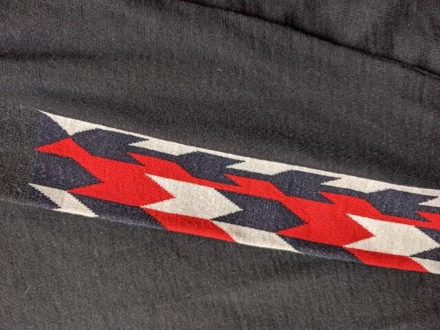 MONCLER 長袖セーター 黒色 モンクレール ブラック 羊毛 < ブランドの