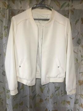 白ジャケット