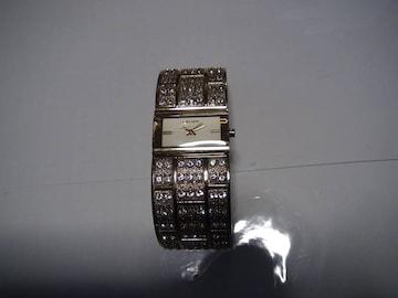 DKNY の腕時計電池式クォーツ 製 動作確認済 !