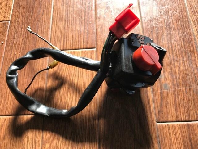 cbx400f 右 スイッチ cb ゼファー など 加工