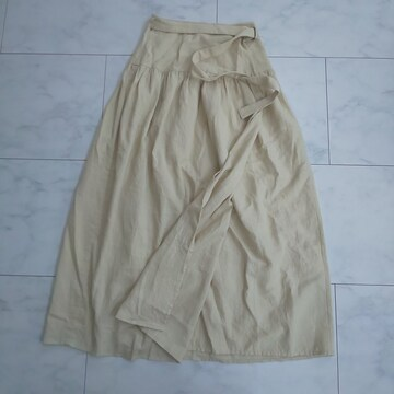 KBF+アーバンリサーチ スカート