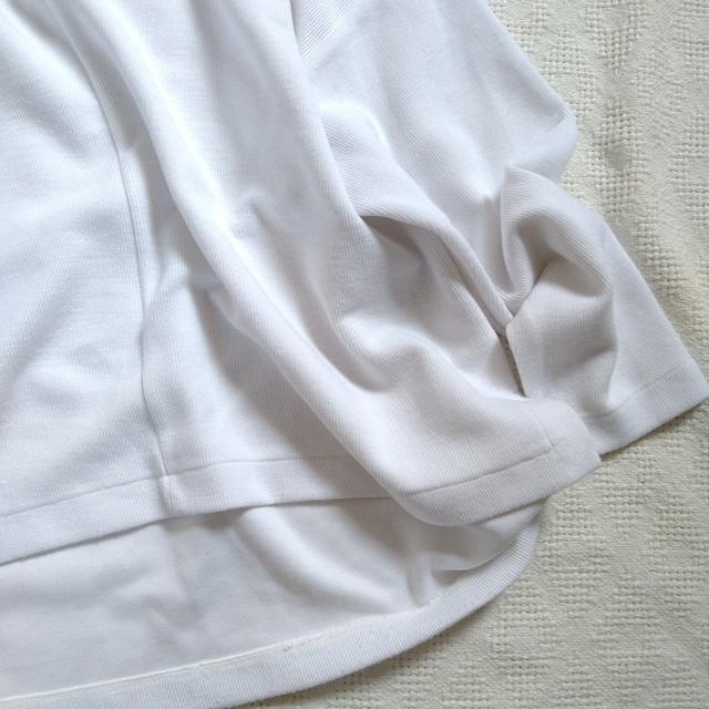 URBAN RESEARCH/しっかり素材のホワイトカットソー
