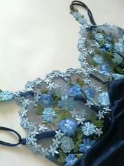 新品ワコールお花刺繍レースキャミソール/ブラックネイビー