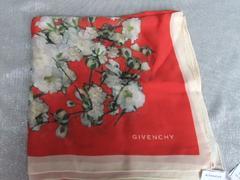 新品タグ付◆ジバンシィ◆花柄大判 スカーフ/ストール 絹100% 115cmx