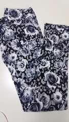 花柄スキニーパンツw61
