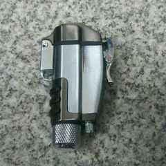 送料無料!コンパス付き!フリント式ガスライター