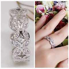 指輪18KRGPプラチナ高級CZフラワーリングyu1056e