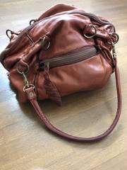 セレクトショップ購入本革ぷっくり鞄定価30000以上