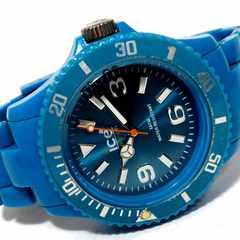 モバオクで買える「良品 1スタ★Ice Watch アイスウォッチ ダイバータイプ 腕時計」の画像です。価格は1円になります。