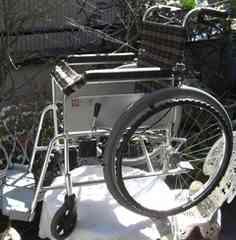 ピジョンタヒラ/自走式車いす アシスタイス中古完動品