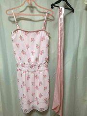RFピンク花柄シフォンラメキャミベアワンピースM
