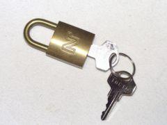 NINA RICCI(ニナリッチ) パドロック 808346BLQ1