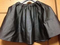 新品☆Mサイズ☆ウェスト総ゴム☆合皮フレアーミニスカート黒